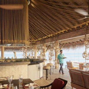 Luxury Maldives Holidays Fairmont Maldives Sirru Fen Fushi AZURE