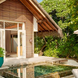 Luxury Maldives Holidays Fairmont Maldives Sirru Fen Fushi Beach Sunrise Villa 4