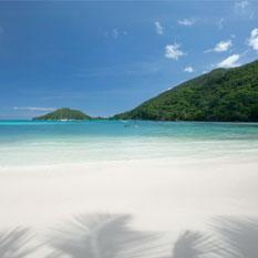 Constance Ephelia Seychelles turquoise ocean