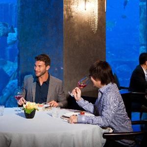 Atlantis-Dubai-palm-underwaterrestaurant