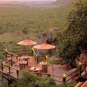 Ulusaba-Private-Game-Reserve-safari-viewing-deck