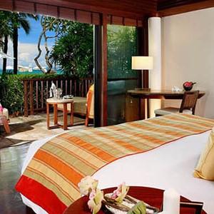 centara grand one bedroom beachfront villa2