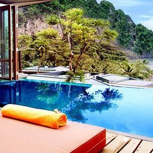 centara grand one bedroom ocean facing villa with pool