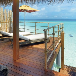 Maldives honeymoon - Constance Moofushi - Water Villa
