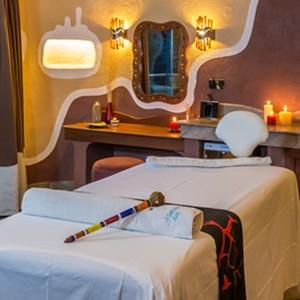 Mara Serena Lodge - Kenya Safari Honeymoon - spa