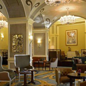 luxury Abu Dhabi holiday Packages The Ritz Carlton Abu Dhabi Grand Canal Lounge 3