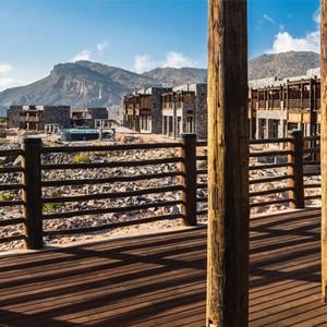 Alila-Jabal-Akhdar-Oman-Honeymoons-Jabal-Terrace