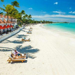 luxury Antigua holiday Packages Sandals Grande Antigua Beach 3