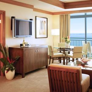 Bahamas-Atlantis-Azure-Suites-living-space