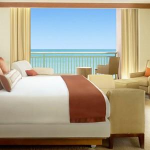 Bahamas-Atlantis-The-Azure