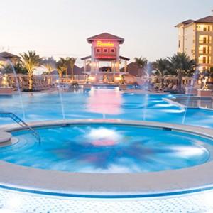 Beaches Turks - night pool