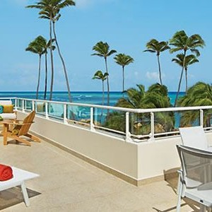 Breathless-Punta-Cana-xhale-club-Presidential-Suite-terrace