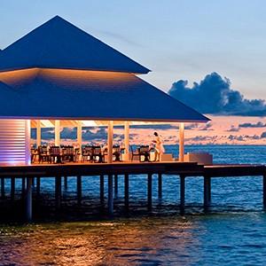 Diamonds Thudufushi - dusk