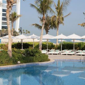 luxury Dubai holiday Packages Jumeirah Beach Hotel Dubai Pool 2