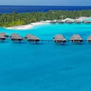 Four-Seasons-Bora-Bora-over-water-villa