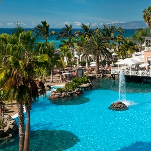 Gran Hotel Bahia Del Duque- pool