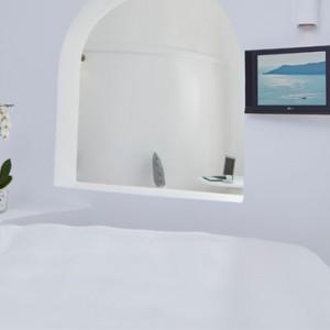 Junior Suites 4 - sun Rocks Hotel Santorini - luxury santorini holiday packages