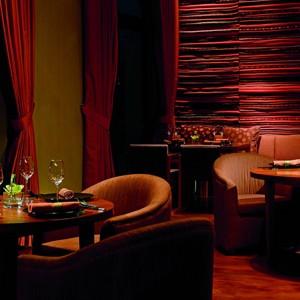 Lijang - the Ritz Carlton Abu Dhabi Grand Canal - Luxury Abu Dhabi Honeymoons