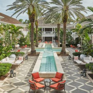 Luxury Bahamas Holiday Packages The Ocean Club, A Four Seasons Resort Lush Hartford Courtyard