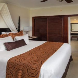 Luxury Dominican Republic Holiday Packages Dreams Palm Beach Punta Cana Preferred Club Honeymoon Suite With Jacuzzi Tropical View2