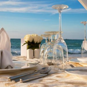 Luxury Dubai Holiday Packages Jumeirah Zabeel Saray Beach Wedding Reception Setup