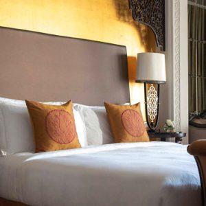 Luxury Dubai Holiday Packages Jumeirah Zabeel Saray Club King Room Bedroom