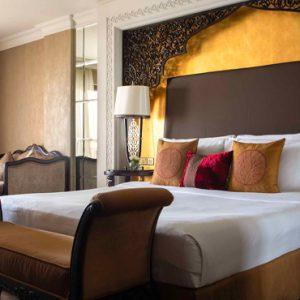 Luxury Dubai Holiday Packages Jumeirah Zabeel Saray Deluxe King Arabian Sea View Bedroom