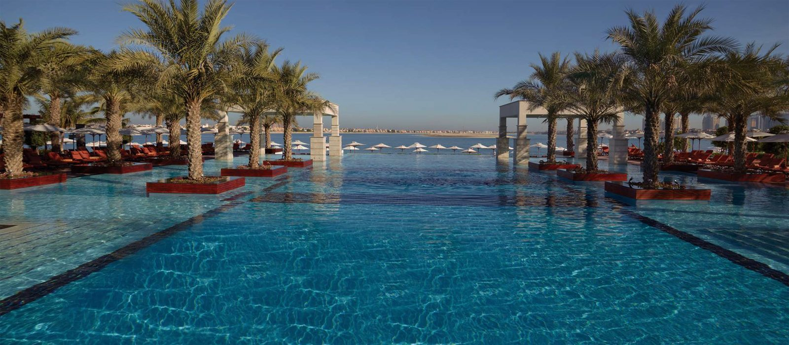 Luxury Dubai Holiday Packages Jumeirah Zabeel Saray Header1