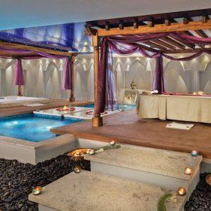 Luxury Dubai Holiday Packages Jumeirah Zabeel Saray Spa Pool3