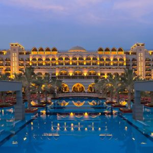Luxury Dubai Holiday Packages Jumeirah Zabeel Saray Exterior At Night