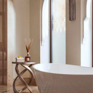Luxury Dubai Holiday Packages One&Only The Palm Palm Beach Junior Suite Bathroom