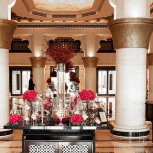 Luxury Dubai Holiday Packages Jumeirah Mina A Salam At Madinat Jumeriah Lobby