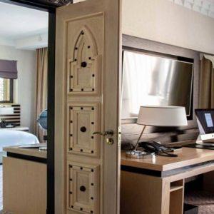 Luxury Dubai Holiday Packages Jumeirah Mina A'Salam At Madinat Jumeirah Ocean Premier Suite1