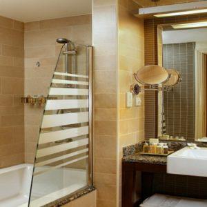 Luxury Dubai Holidays Amwaj Rotana Classic Sea View Room3