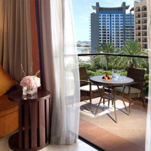 Luxury Dubai Holidays Fairmont The Palm Fairmont Gold Room 2