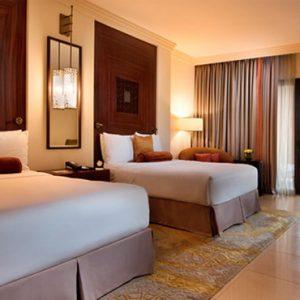 Luxury Dubai Holidays Fairmont The Palm Fairmont Gold Room 5