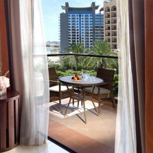 Luxury Dubai Holidays Fairmont The Palm Fairmont Gold View Room 3
