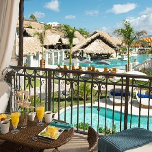 Luxury Grenada Holiday Packages Sandals Grenada South Seas Waterfall River Pool Junior Suite With Balcony Tranquility Soaking Tub2