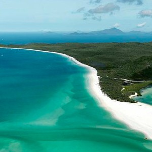 Luxury Holidays Australia - Quarry, Hamilton Island - Beach Aerial