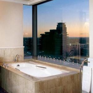 Luxury Holidays Australia - Shangri-La Hotel - Bathroom