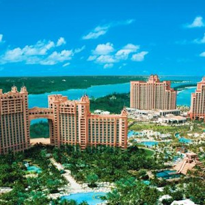 Luxury-Holidays-Bahamas-Royal-Towers-Atlantis-Paradise-Island-Aerial