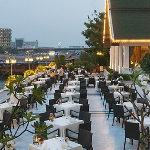 Luxury Holidays Bangkok - Mandarin Oriental - Outdoor Dining