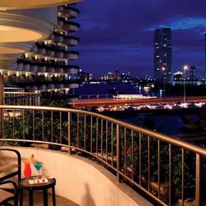 Luxury Holidays Bangkok - Shangri - La Hotel - Balcony