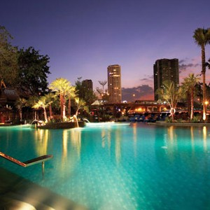 Luxury Holidays Bangkok - Shangri - La Hotel - Pool