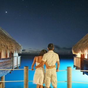 Luxury Holidays Bora Bora - Pearl Beach Resort - Nightlife