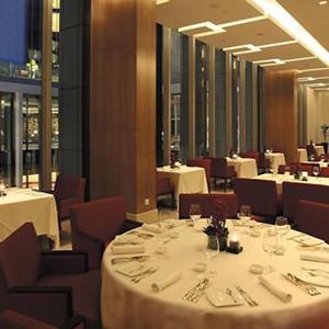 Luxury Holidays Dubai - The Oberoi, Dubai - Pure Destinations - Dining