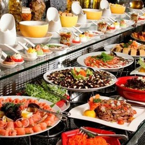 Luxury Holidays Dubai - Towers Rotana - Buffet