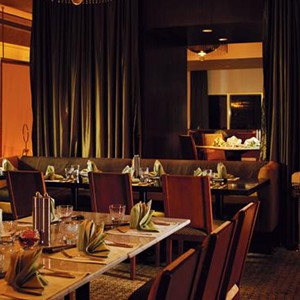 Luxury Holidays Dubai - Towers Rotana -Restaurant