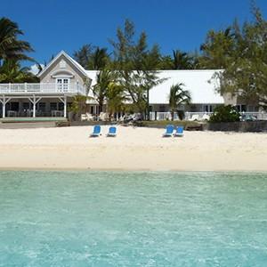 Luxury-Holidays-Mauritius-Astroea-Beach-Hotel-Exterior
