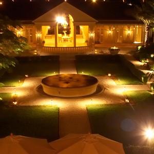 Luxury Holidays Turks & Caicos - Regent Palms - Exterior